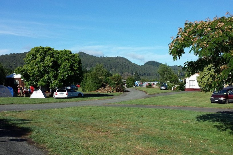 Seabreeze Holiday Park - self-contained backpacker camping ...